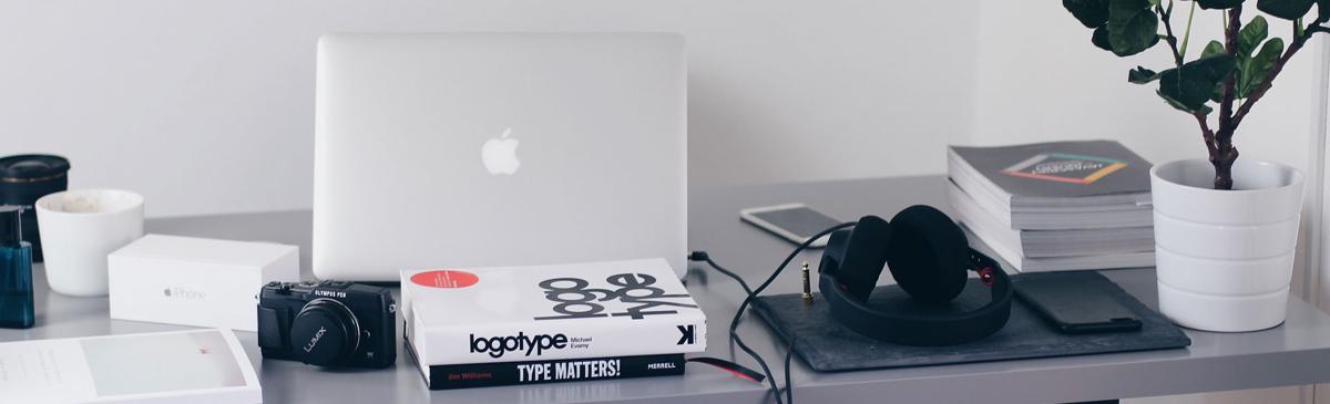 Digital Graphic Designer at Foundr Magazine